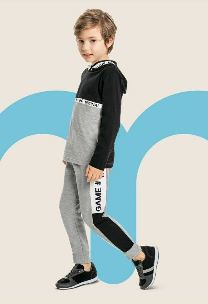 Camiseta Infantil Manga longa com Capuz Menino