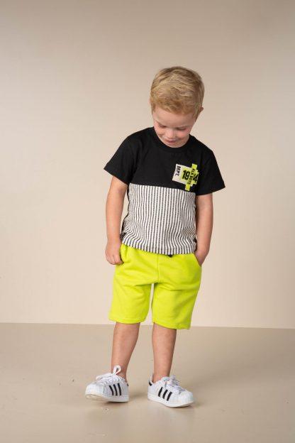 Conjunto Infantil Camiseta e Bermuda em Moletom